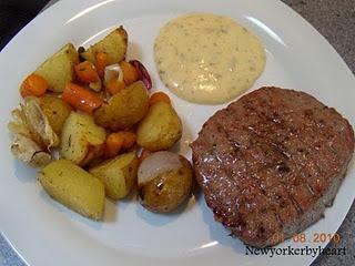 Ovnbagte Kartofler Med R 248 Dl 248 G Nye Guler 248 Dder Og Hvidl 248 G