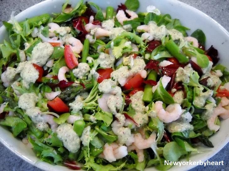 Salat Med Rejer Og Radise Ramsløgscreme